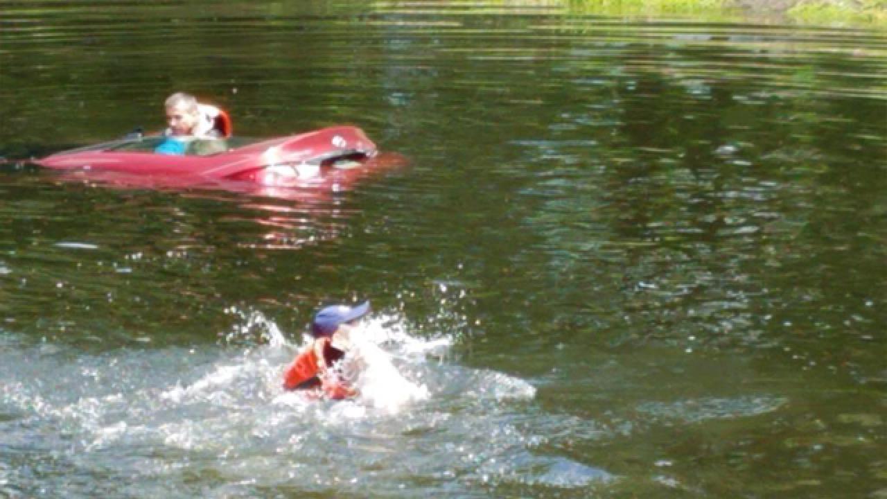 Fire Medics save 91YO man from sinking car