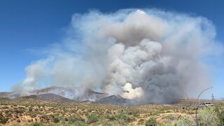 Fire crews battling 450-acre Sears Fire burning near Cave Creek Road