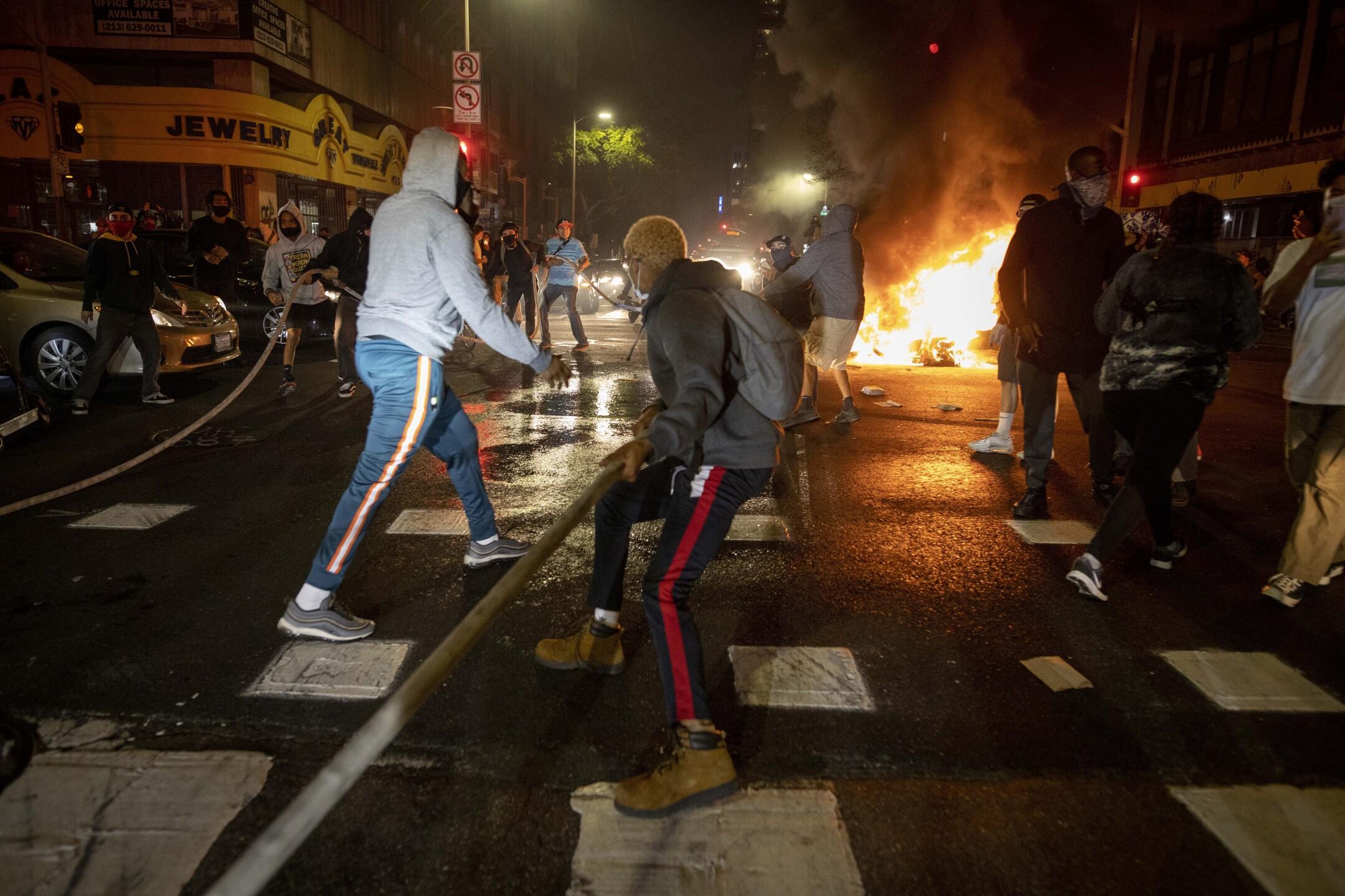 Minneapolics Police Death Los Angeles