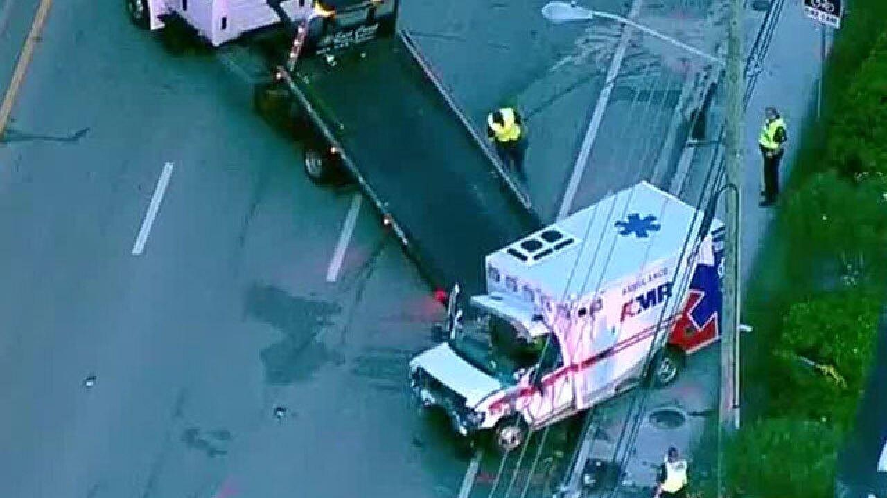 Deadly crash kills 2 EMT paramedics in Jupiter