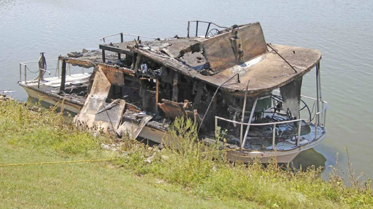 Houseboat Catches Fire In Clarksville
