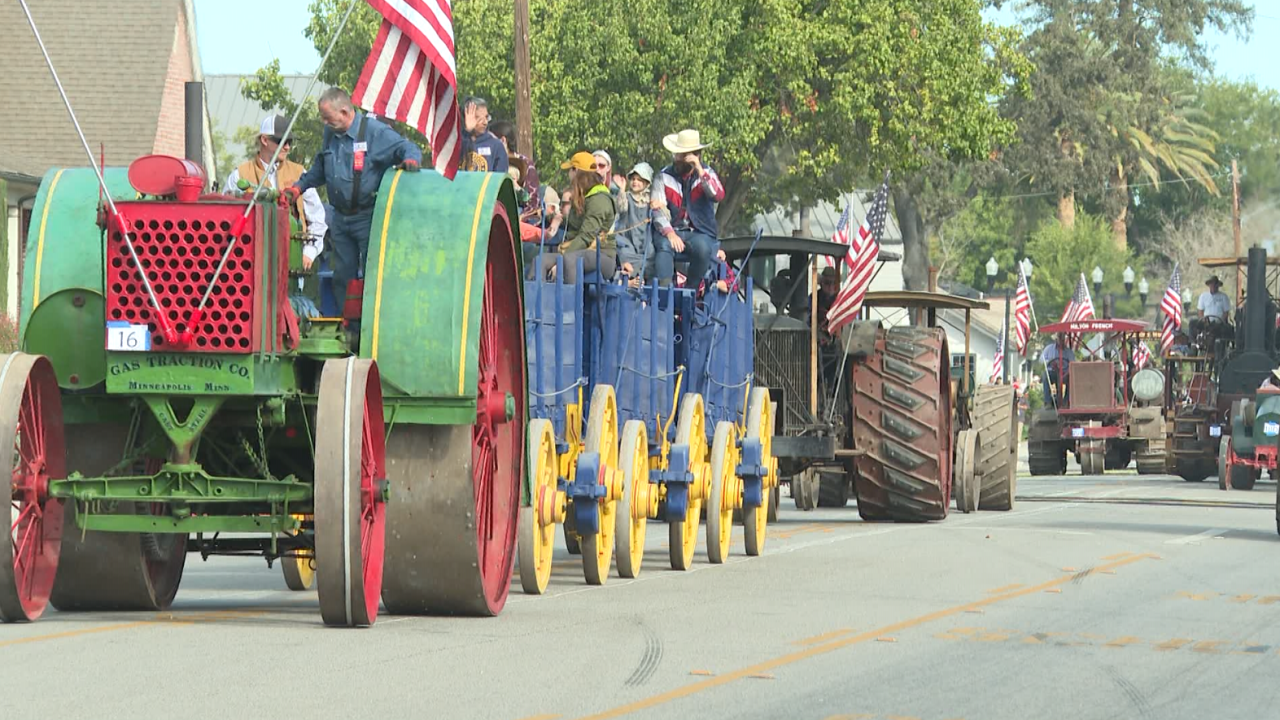 The Annual Pioneer Day Parade in Paso Robles attracted crowds for its 91st celebration.