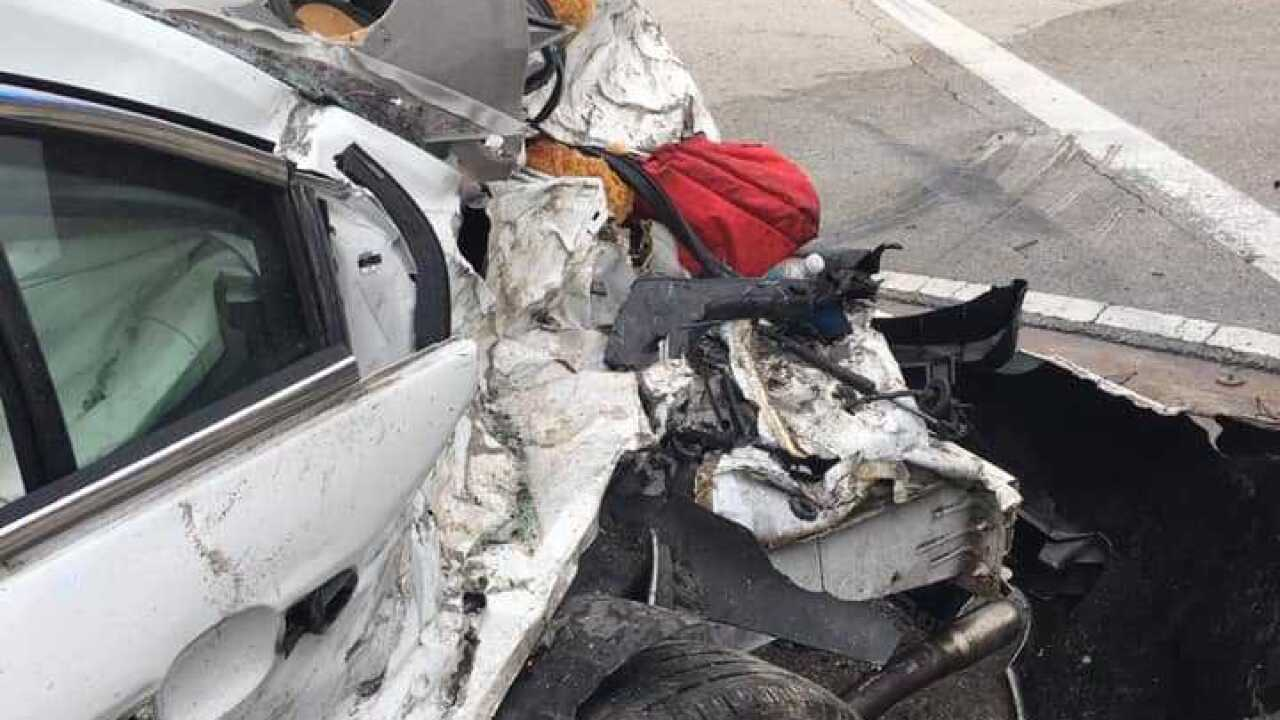 Naples man dies in fiery crash on U S  41 Tuesday evening