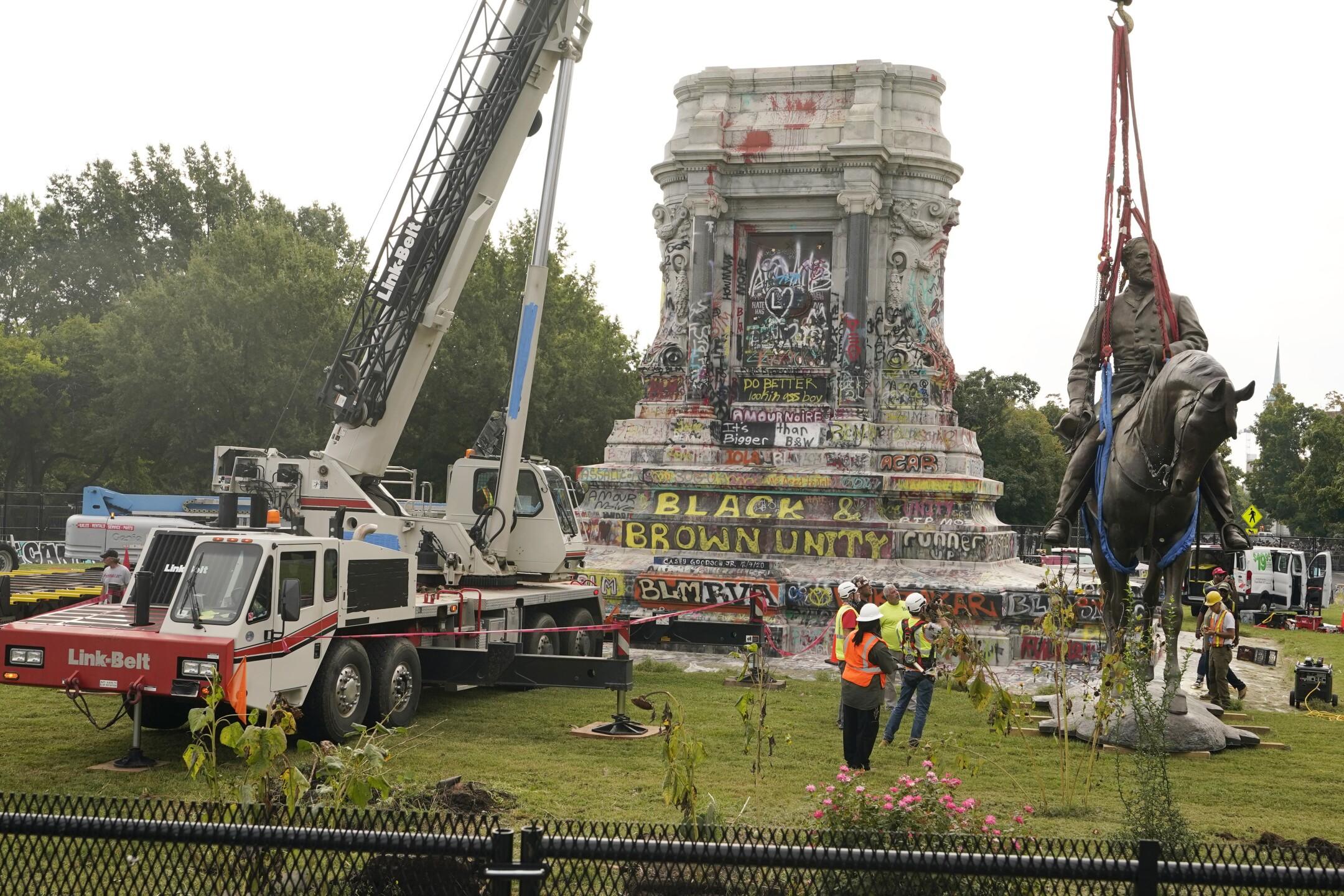 Confederate Monument Richmnond