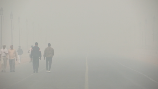 Thick toxic smog has been hanging over Delhi, India for nearly a week