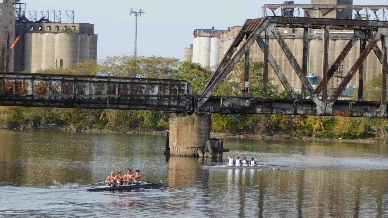 Company in Buffalo offering fall rowing programs for students