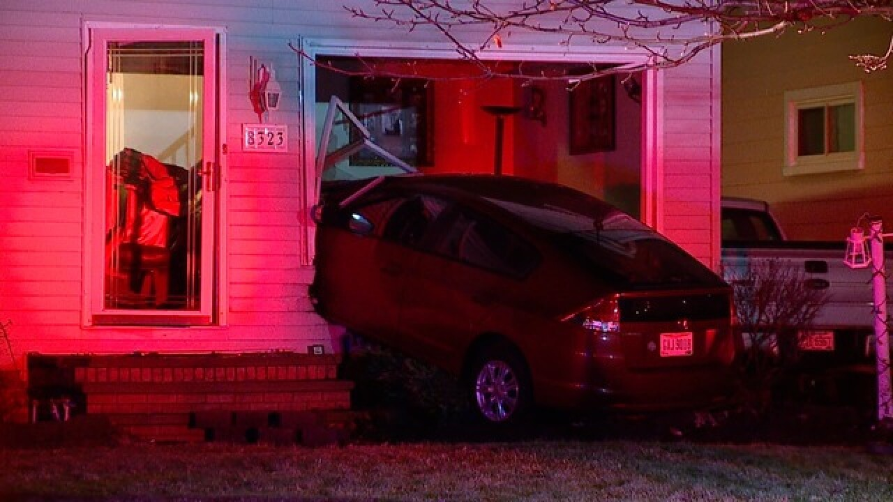 Car crashes into Ohio home