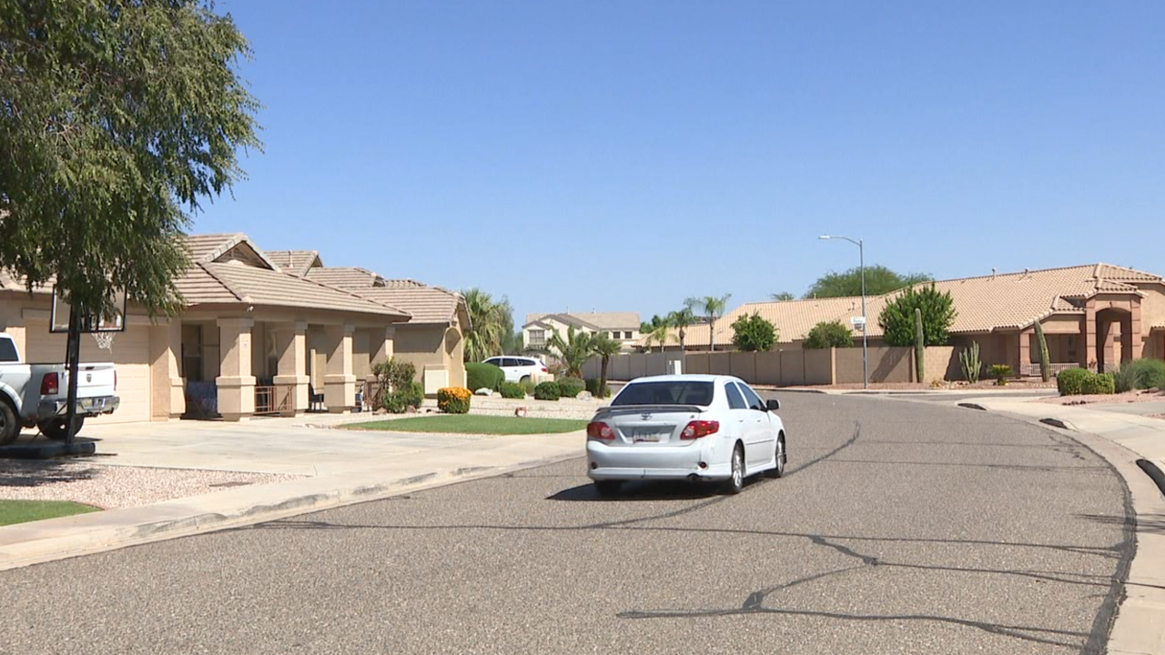 PHX looks into complaints of homes vibrating in neighborhood