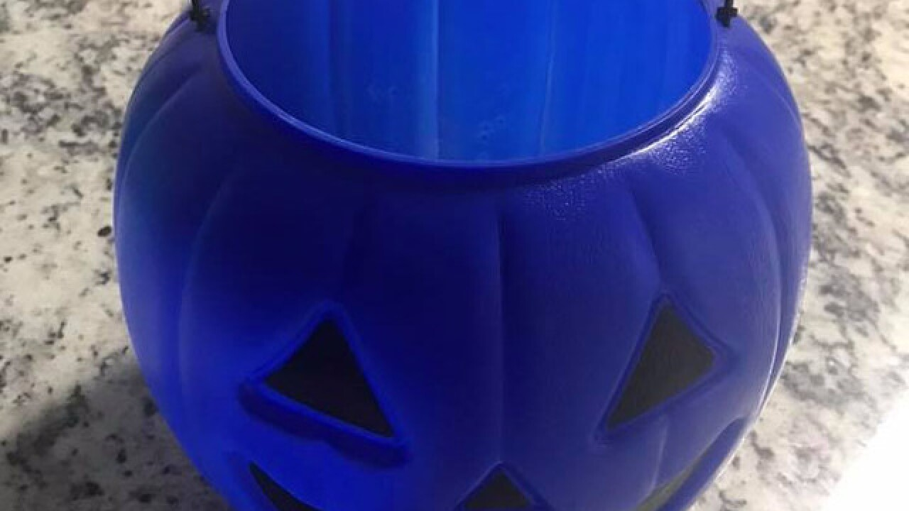 Here's what a blue pumpkin or bucket means for Halloween