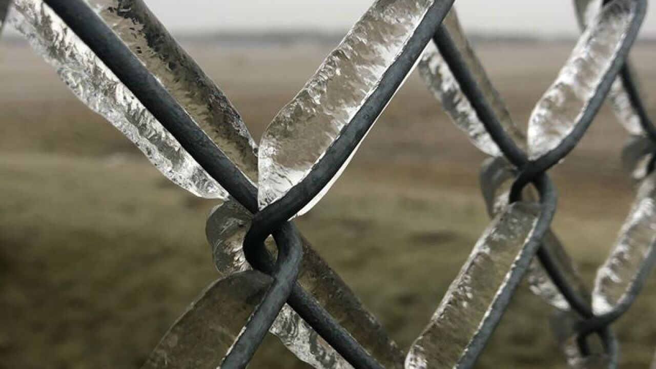 Icy Fence - Courtesy Rachael Novak via Facebook.jpg