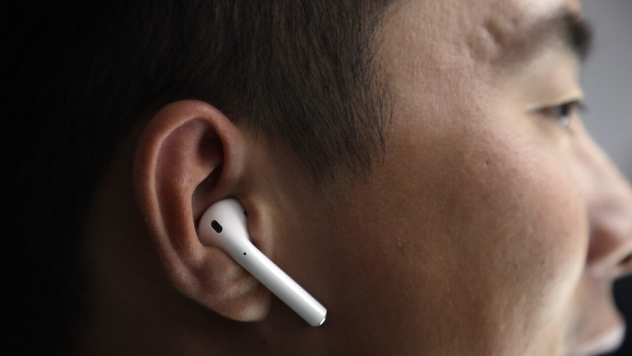 Apple to replace faulty Airpods Pro for free