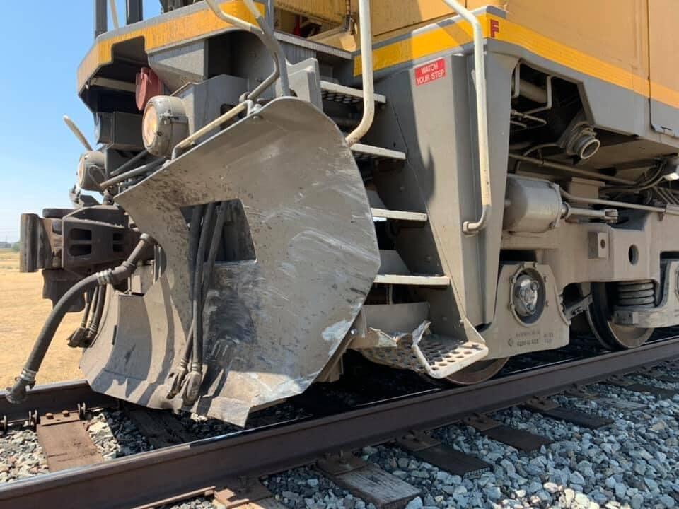Train hits minivan Utah County