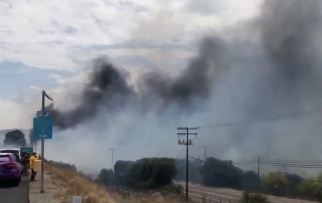 PHOTOS: Fire breaks out along I-8 in Alpine