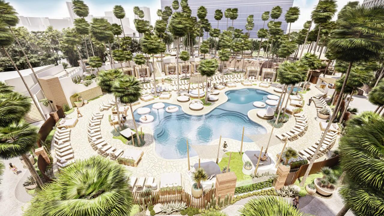 Resort Pool  (2).jpg