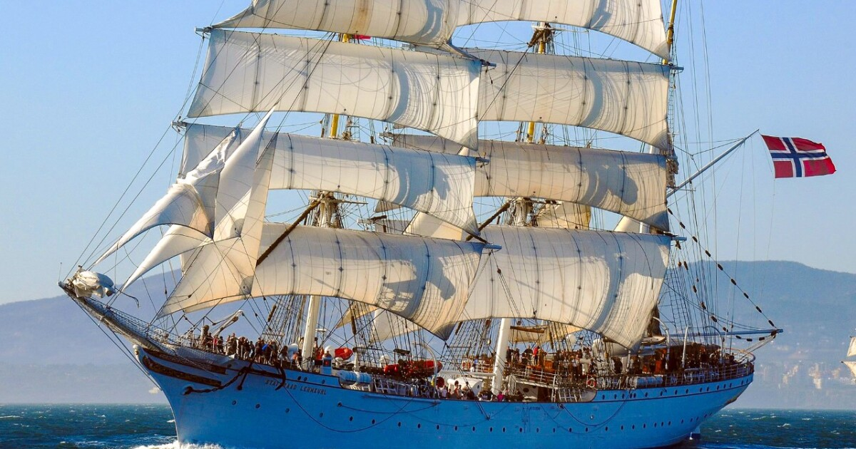 Century-old tall sailing ship to stop in Norfolk for extended stay