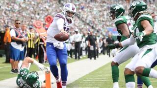Josh Allen orchestrates fourth quarter comeback as Bills top Jets