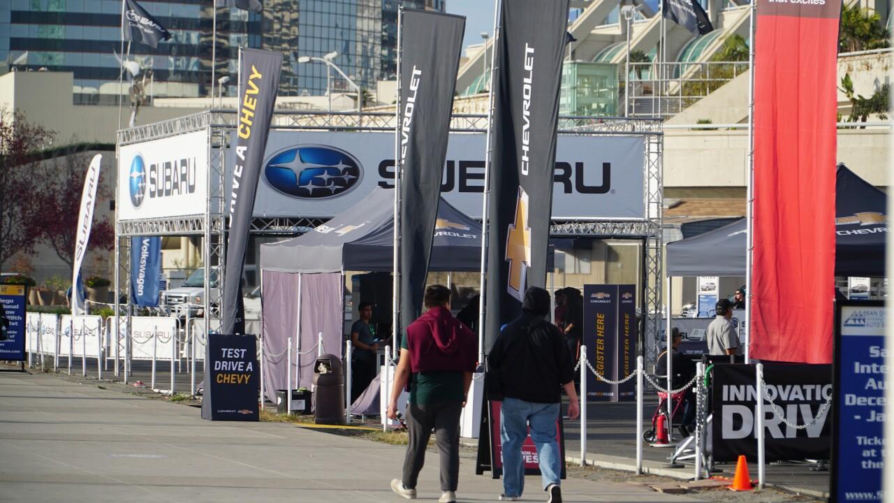 SubaruCrowd san diego international auto show.JPG