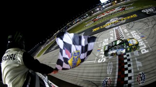 Kevin Harvick has Cup title shot after third straight Texas fall win