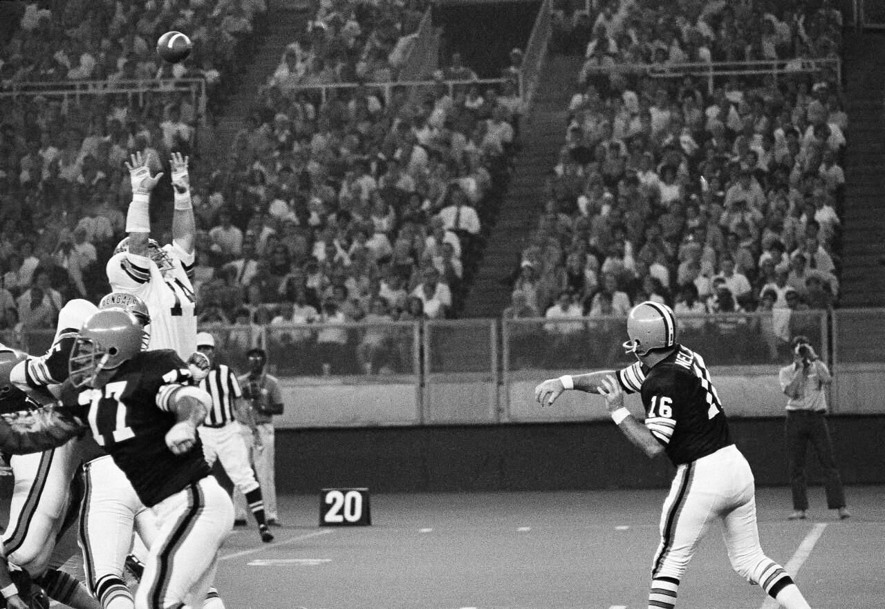 Football Pro; Games  NFL 1970   Cincinnati   vs    Cleveland