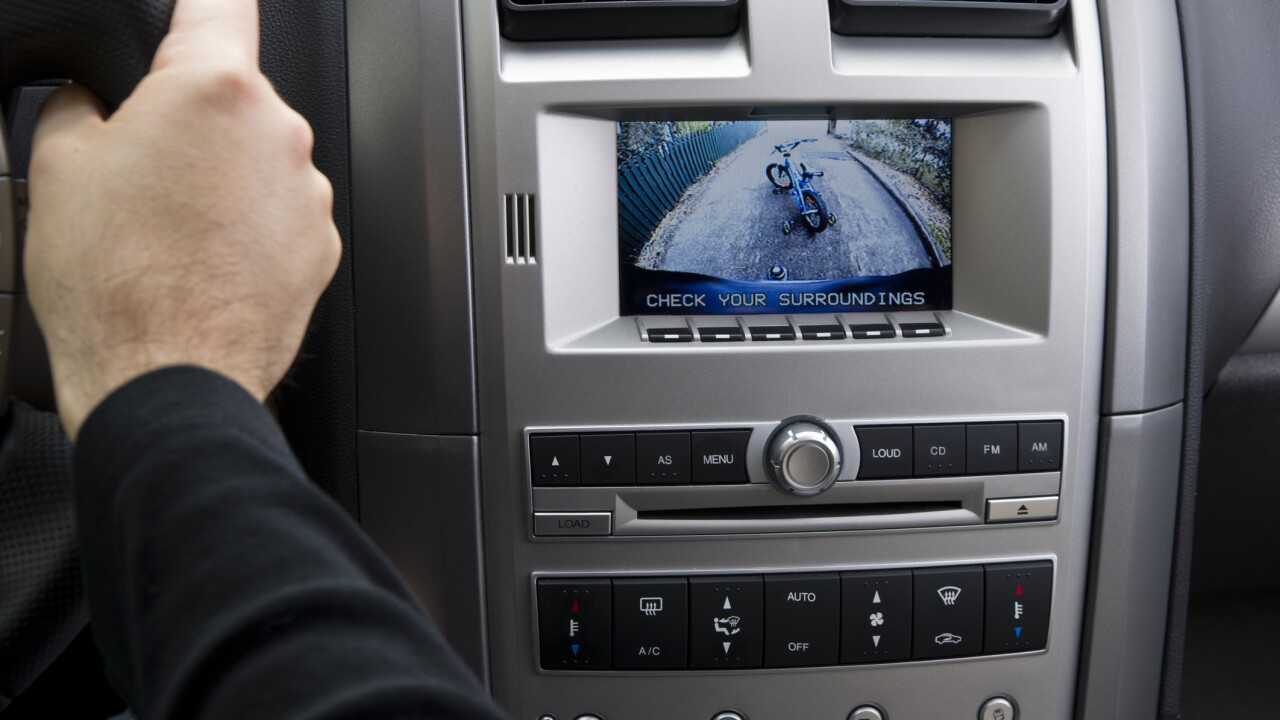 How you can install a backup camera in your older car
