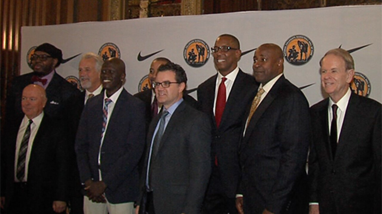 College basketball greats celebrated in Kansas City