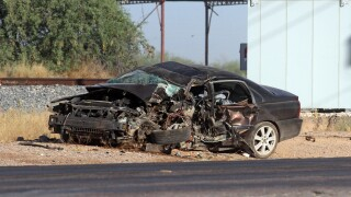 PD: 19-year-old dies in crash on Maricopa-Casa Grand Highway