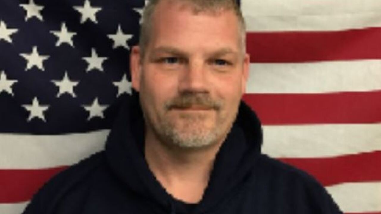 Firefighter dies hours after fighting fire