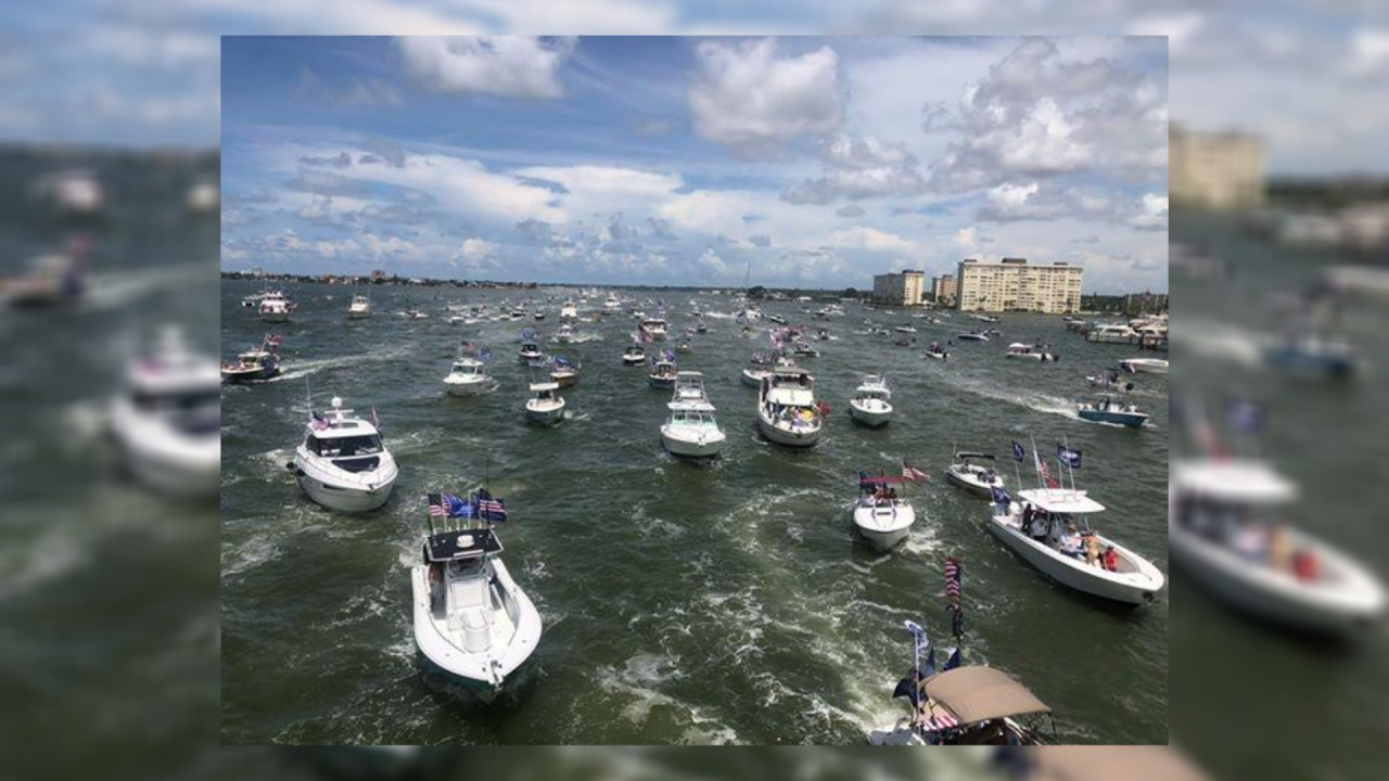 trump-clearwater-boat-parade3.png