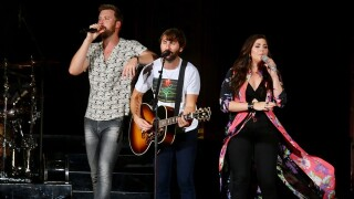Pics: Lady Antebellum tailgate and concert