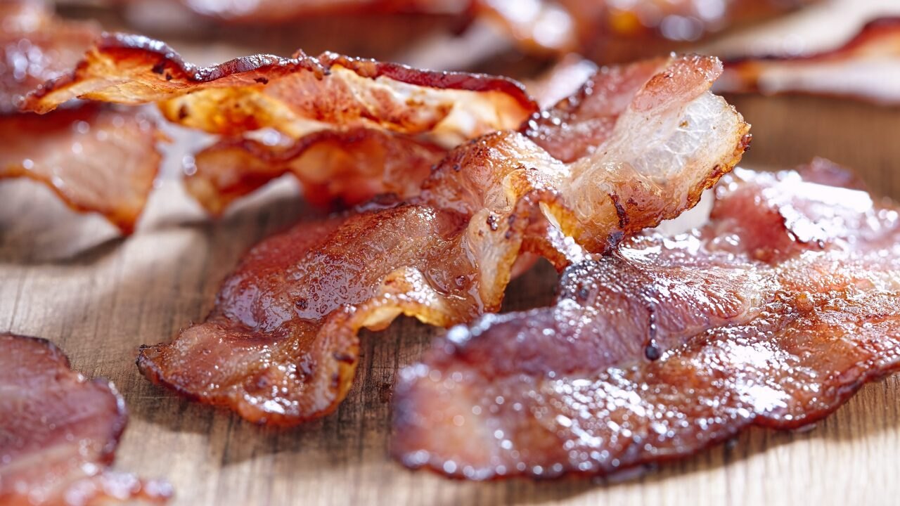 Get paid $1,000 to taste bacon for a day with this internship