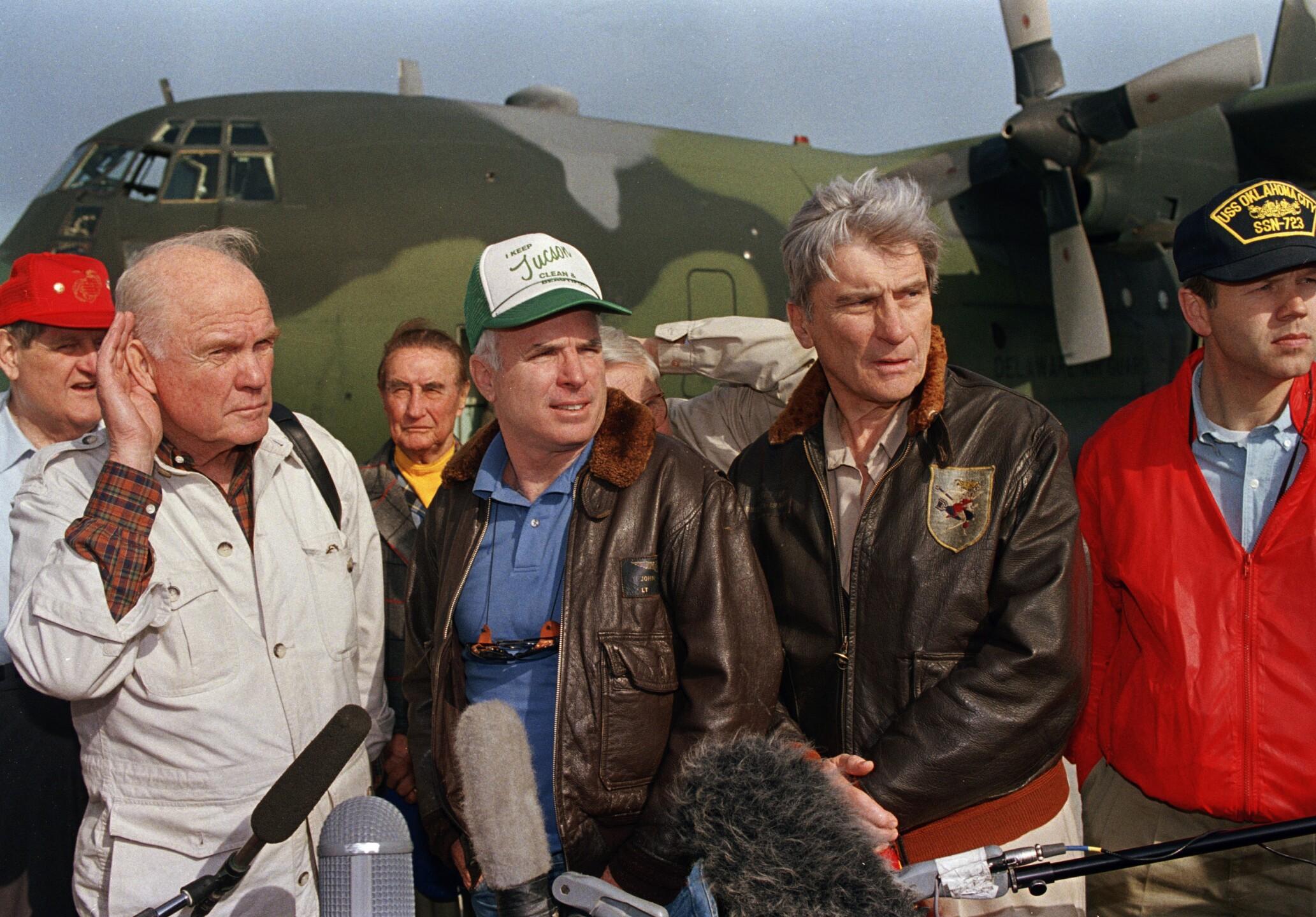 McCain Glenn Warner In Saudi Arabia 1991