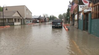 Augusta residents holding on through ongoing flooding