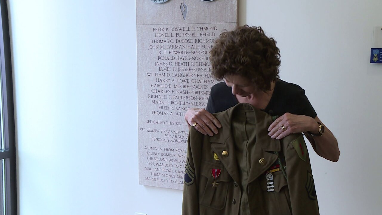 Daughter honors her dad on D-Day: 'I'm very proud ofhim'