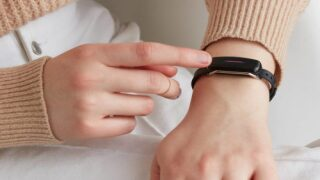 These High-tech Bracelets Are A Cool Way To Stay Connected To Long-distance Loved Ones