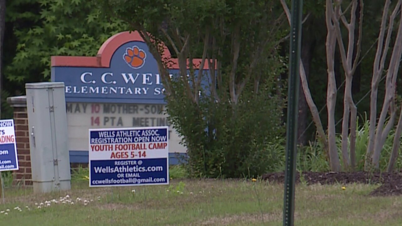 9-year-old may face charges after assaulting staffers at Chesterfieldschool