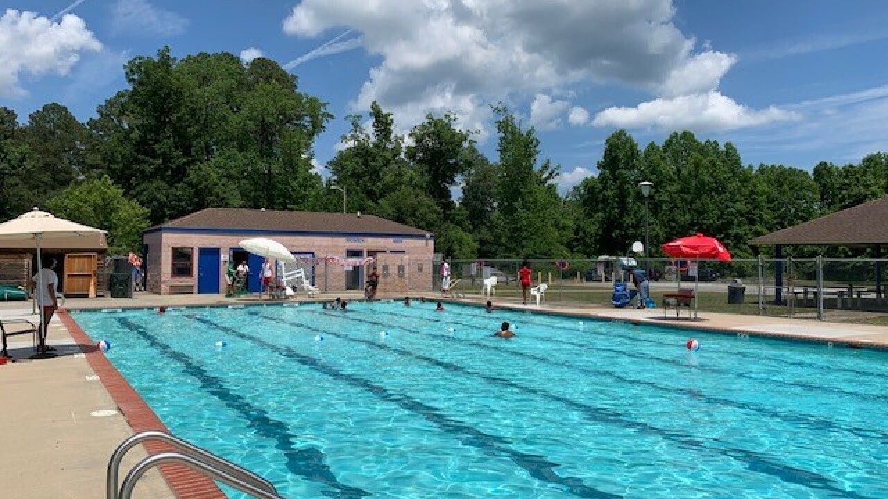 Swim and watch a Disney movie at this Suffolk park