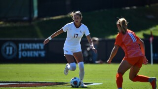 FSU soccer standout signs with French soccer team