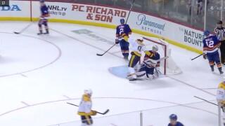 Arvidsson Scores 2 As Predators Hold Off Islanders 4-3
