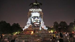 APTOPIX America Protests Confederate Monuments