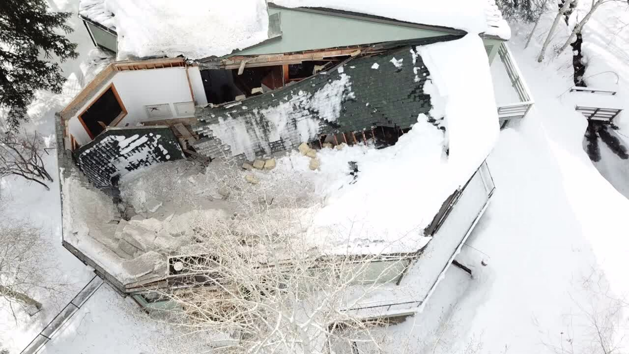 Partial roof collapse at Park City home forces four to quicklyevacuate