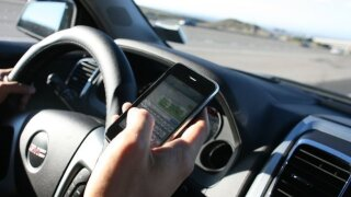 Florida officers urge drivers put down phones before new hands-free law starts