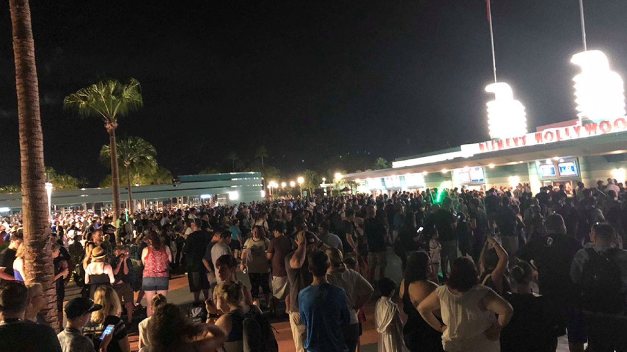 """Star Wars: Galaxy's Edge, Disney's newest """"Star Wars"""" attraction, reaches capacity minutes after opening"""