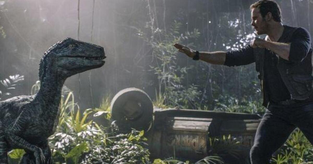 Movie Review Jurassic World Fallen Kingdom Bares Its Teeth For Tense Horror