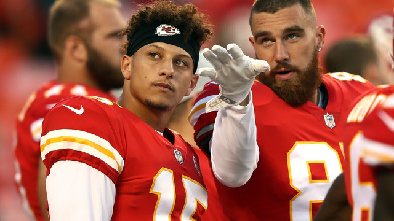 Confident Mahomes eager to take Chiefs' reins