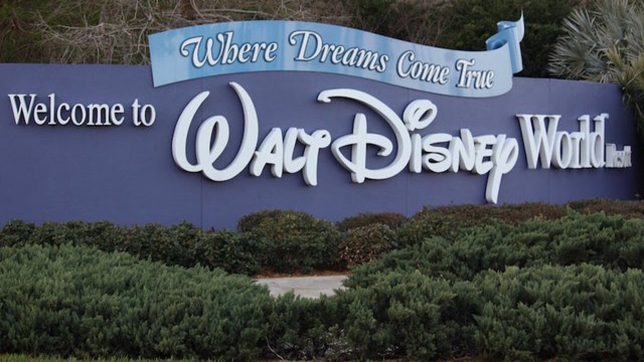Disney hotels take down 'Do Not Disturb' signs