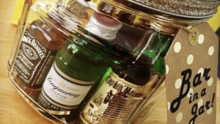 DIY 'Bar In A Jar' Makes A Great Gift