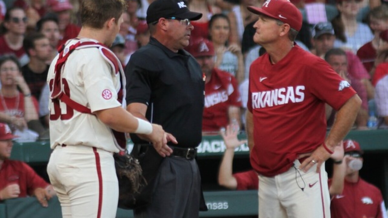 OmaHogs Back in the College World Series