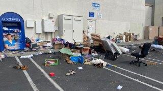 goodwill san diego dumping_4.jpg