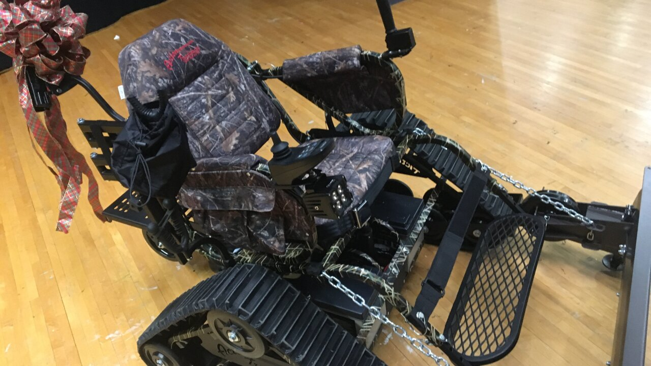A disabled veteran gets the gift of mobility days before Christmas