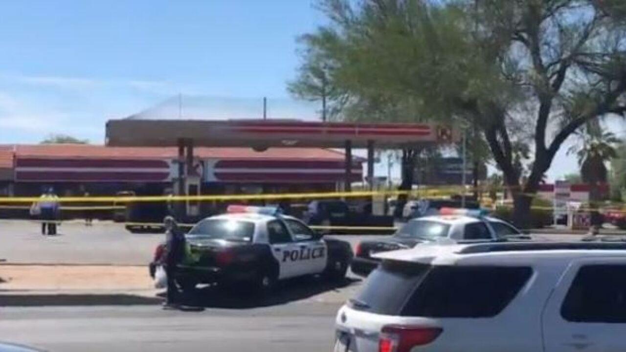 Police identify knife-wielding suspect